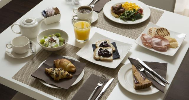 Sweet and savoury buffet breakfast