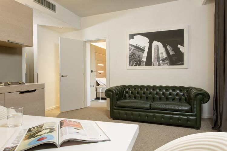Funzionali e spaziose le Junior Suite Smart del Best Western Plus Tower Hotel Bologna